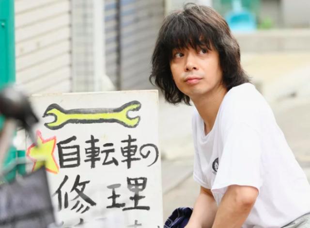 峯田和伸はかつらで歯が汚ない?身長や体重がヤバいという噂を検証 ...